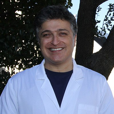 Headshot of Afshin Azmoodeh, DDS